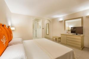 Prestige Doppelzimmer mit seitlichem Meerblick