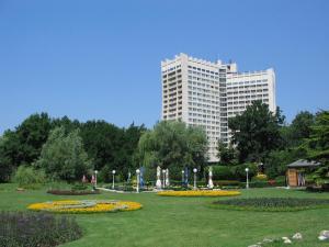 Отель Добруджа
