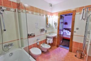 U Páva, Hotely  Praha - big - 51