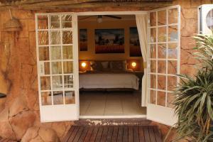 Flintstones Guesthouse Fourways, Penzióny  Johannesburg - big - 17
