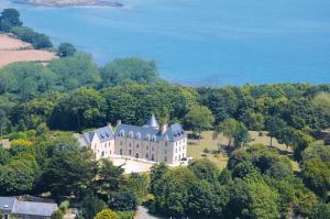 Location gîte, chambres d'hotes Manoir de Kergrec'h dans le département Côtes d'Armor 22