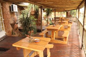 Flintstones Guesthouse Fourways, Penzióny  Johannesburg - big - 9