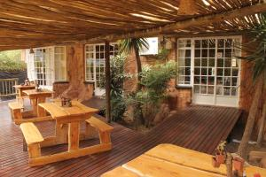 Flintstones Guesthouse Fourways, Penzióny  Johannesburg - big - 11