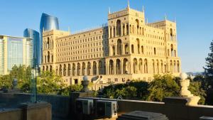 Отель Rigs Baku, Баку