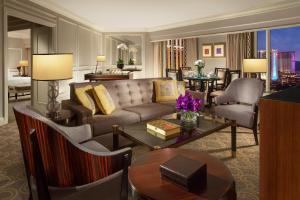 The Venetian Macao Resort Hotel (2 of 53)