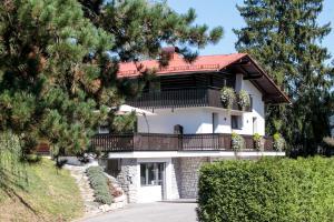 Hiša Poljana