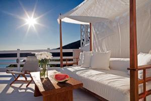 Hotel Perrakis Andros Greece