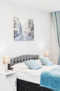 Apartments Aura Sky by Renters