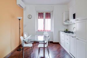 Ampio appartamento dotato di tutti i comfort - AbcAlberghi.com