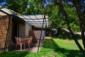 Location gîte, chambres d'hotes VVF Villages « Le Balcon du Luberon » Murs dans le département Vaucluse 84