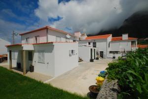 Alojamentos Flores Island