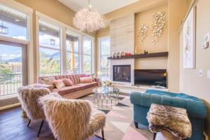 Macaron by Samsara Resort - Panorama Top View - Private Hot Tub - 4BR&5BTH - Hotel - Canmore