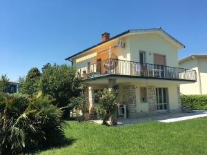 Apartment Colombare di Sirmione - AbcAlberghi.com