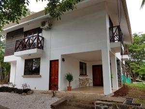 Casa tropical - Fabulous tropical house, Dovolenkové domy  Tamarindo - big - 3