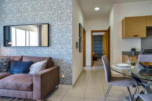 Torre Onix Duo 603 - Modern and Comfy 2br - near Galerias 36