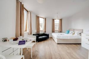 obrázek - Beautiful studio with city views, in Liverpool!