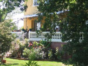 Location gîte, chambres d'hotes La Maison Jaune dans le département Tarn et Garonne 82