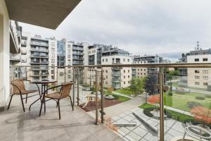 Apartments Kraków Wiślane Tarasy by Renters