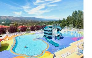 Mountain View Suites at Fairmont Hot Springs - Hotel