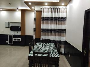 . Royal Comfort Apartment