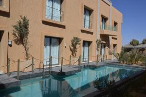 __{offers.Best_flights}__ L'Hotel by chateau de sable