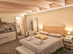 Vico-Letto studio apartment - AbcAlberghi.com