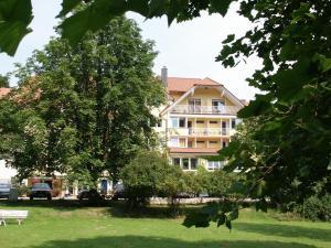 Hotel zum Engel - Leidersbach