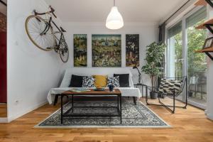 Little Home Broniewskiego 15a