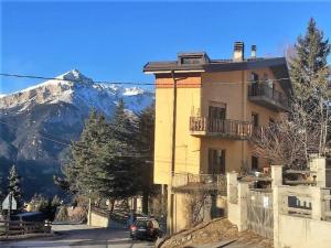Baya apartment - Hotel - Sauze d'Oulx