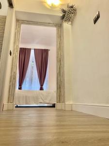 Virginia's Rooms