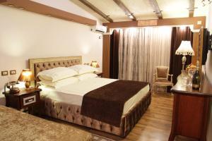 Hotel Boutique Villa Fernando, Тирана