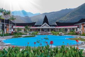 . Suni Garden Lake Hotel & Resort