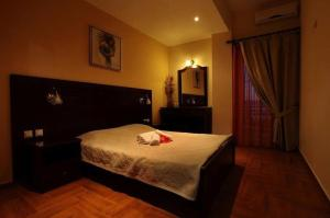 Pantheon Hotel & Suites - Nerotriviá