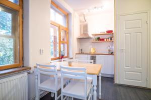 Dream Stay - Bright 2-Bedroom 2-Floor Old Town Apartment, Apartmanok  Tallinn - big - 12