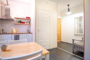Dream Stay - Bright 2-Bedroom 2-Floor Old Town Apartment, Apartmanok  Tallinn - big - 13