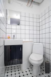 Dream Stay - Bright 2-Bedroom 2-Floor Old Town Apartment, Apartmanok  Tallinn - big - 41