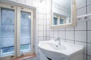 Dream Stay - Bright 2-Bedroom 2-Floor Old Town Apartment, Apartmanok  Tallinn - big - 45