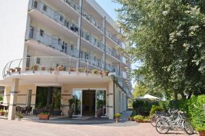 Hotel La Ninfea - AbcAlberghi.com