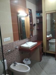 Dev vatika home stay, Priváty  Gurugram - big - 2
