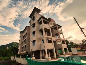 . Janavi Resort