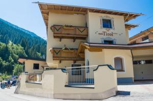 Haus Tirol - Accommodation - Hintertux