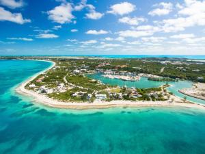 . Affordable Getaway In Paradise