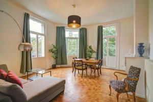 Theodore Lodge. Luxury Apartment Antwerp, 2000 Antwerpen