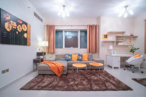 A C Pearl Holiday Homes - Discover the Beauty of Marina - Dubai