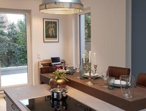 Fantastic Penthouse-Apartment 72 sqm 10min to Messe