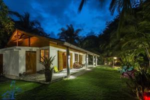 Our Bungalow, Punta Uva