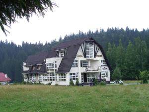 Casa Vinga - Pensiune&Restaurant - Hotel - Poiana Brasov