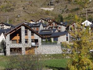 Alba D'Esteve. Casa Rural - Hotel - Espot
