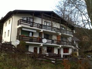 Garsoniera Spiridus - Apartment - Azuga