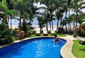 Ola Bonita, Playa Hermosa